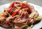Cách làm vịt kho sả ớt cay nồng thơm phức