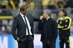 Tin chuyển nhượng 22/12: Mourinho áy náy, Klopp đưa Hart trở lại Anh