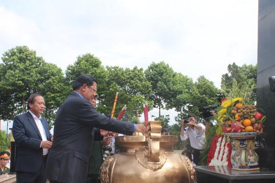 Thủ tướng Campuchia Hun Sen thăm di tích lịch sử Long Giao