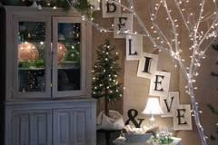 Mách bạn cách trang trí nhà với đèn dây cho Giáng sinh thêm ấm áp