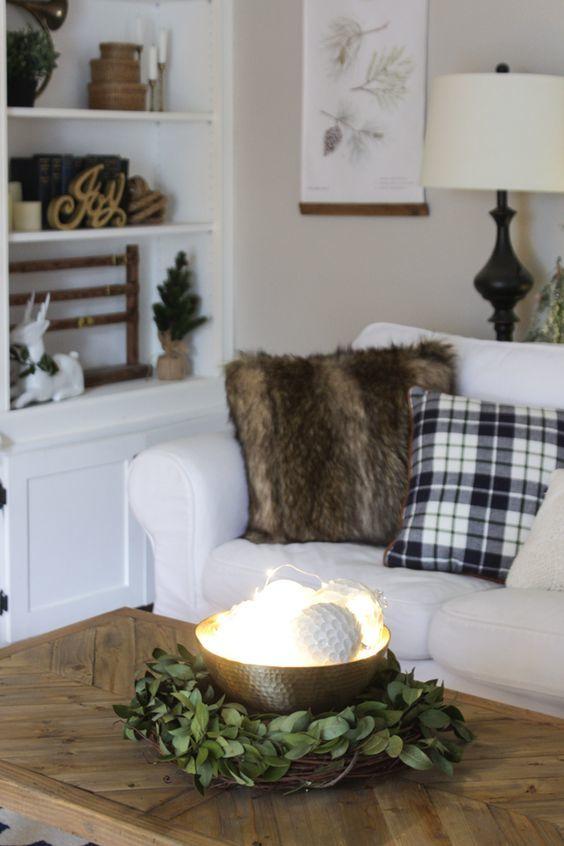 20161222144056 trang tri nha 8 Mách bạn cách trang trí nhà với đèn dây cho Giáng sinh thêm ấm áp