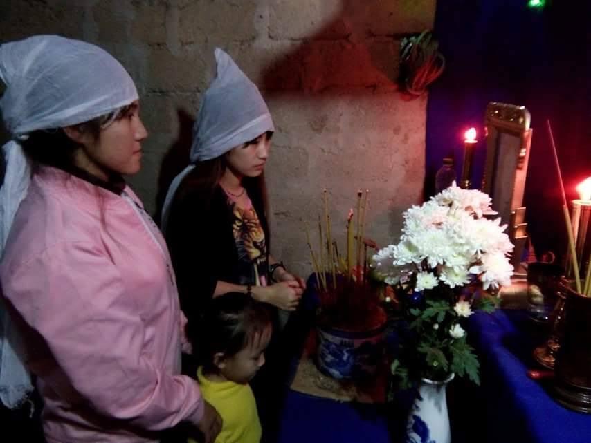 Thương 6 chị em mồ côi trong ngôi nhà xác xơ không cửa