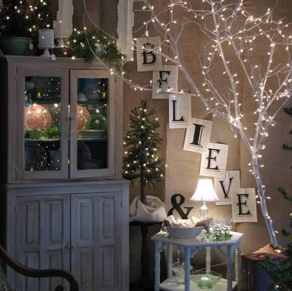 20161222151624 trang tri nha 17 Mách bạn cách trang trí nhà với đèn dây cho Giáng sinh thêm ấm áp