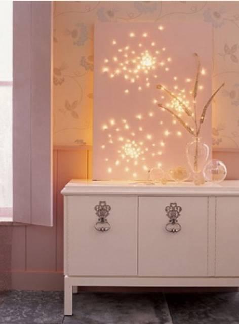 20161222152146 trang tri nha 24 Mách bạn cách trang trí nhà với đèn dây cho Giáng sinh thêm ấm áp