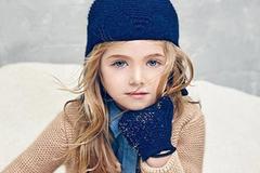 Gợi ý những bộ đồ mùa đông cực chất dành cho bé gái