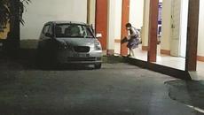 Phó GĐ trung tâm trẻ mồ côi chuyển sữa ra ngoài bị khiển trách