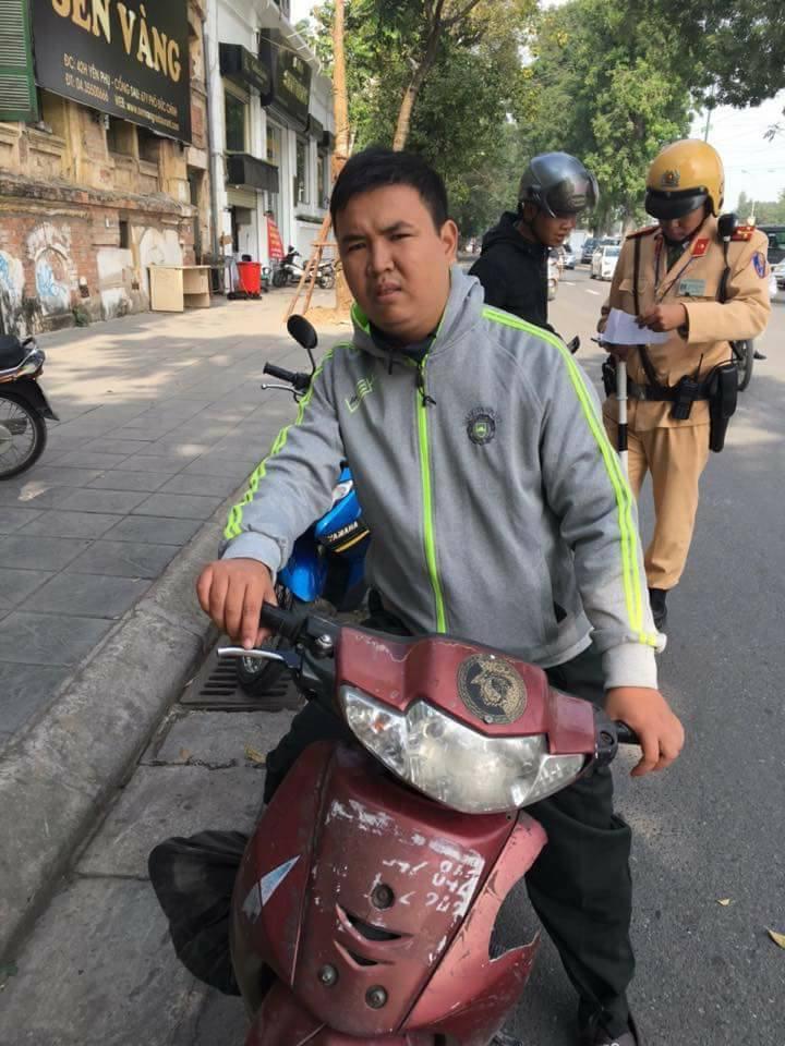 Hà Nội: Phát hiện nam thanh niên giả danh công an