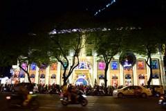 Rực rỡ không khí Noel khắp Sài Gòn