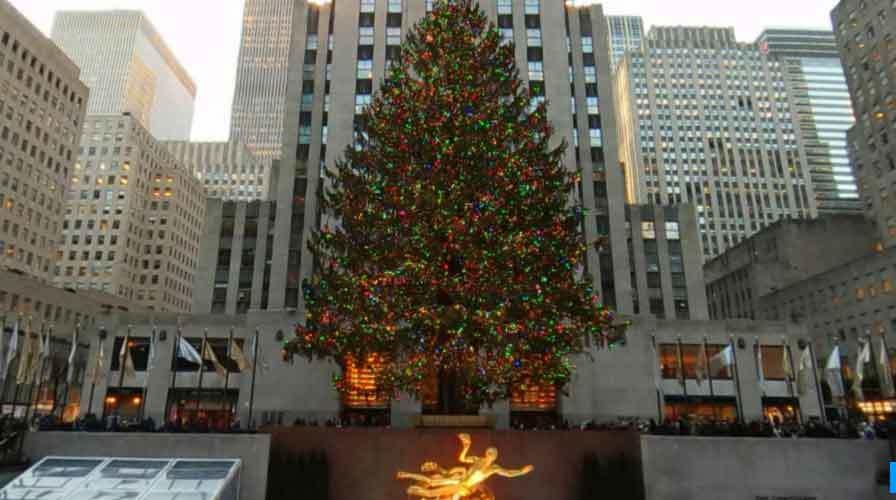 Không khí đón Giáng sinh trên toàn thế giới