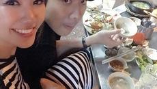 Trấn Thành tình tứ đưa Hari Won đi ăn đêm trước ngày cưới
