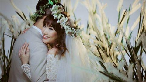 Váy cưới Hari Won