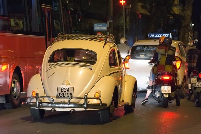 Dàn siêu xe, xe sang đi chơi tối Noel 2016 tại Hà Nội