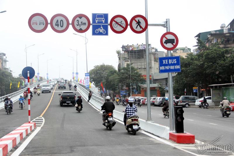 Hà Nội: Thông xe cầu vượt 166 tỷ tại nút giao 'nóng' nhất