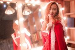 Ấm áp mùa đông với bộ ảnh Giáng Sinh của DJ Trang Moon