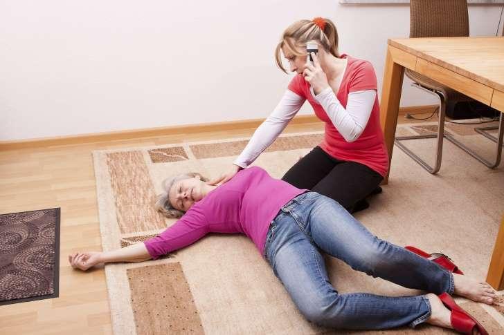 Đột quỵ, nhồi máu cơ tim, biểu hiện đột quỵ, cách phòng chống đột quỵ