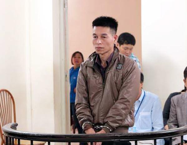 Giám đốc lừa trốn ra nước ngoài bỗng xin trục xuất về VN