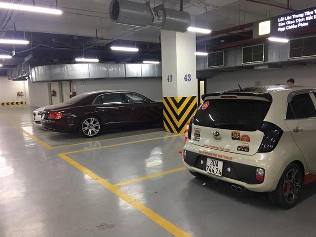 Choáng với căn hầm để xe toàn Bentley tại Hà Nội