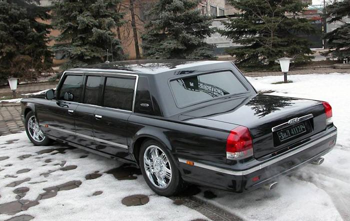 Xe sản xuất cho Tổng thống Putin có giá 1,2 triệu USD