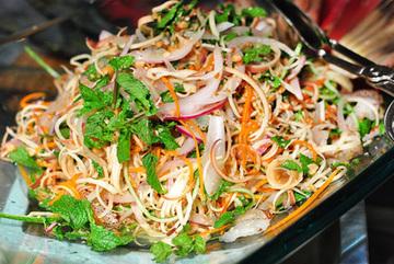 Lạ miệng món ăn làm từ hoa chỉ có ở Việt Nam