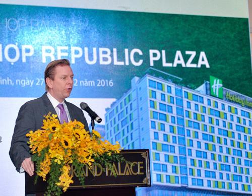 Ra mắt 'tuyệt tác' bất động sản sân bay Republic Plaza