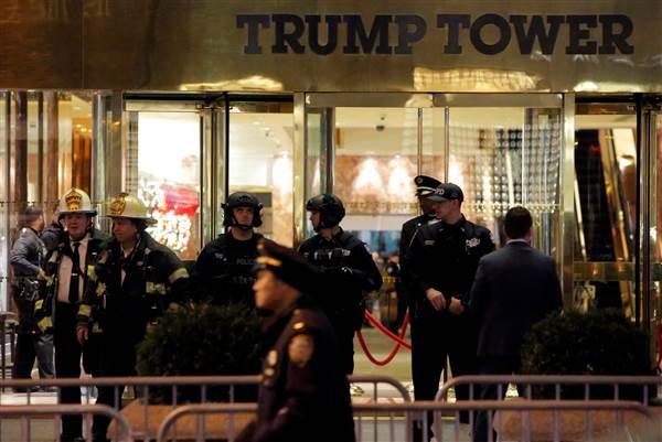 Tháp Trump cuống cuồng sơ tán vì gói tình nghi