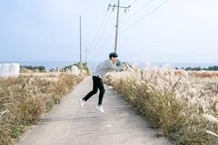Bí quyết chụp ảnh 'không trọng lượng' đẹp như giới trẻ Hàn