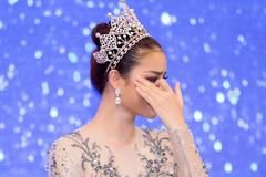 Hành động không ngờ của Hoa hậu Phạm Hương