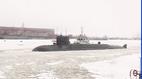 Xem tàu ngầm mới của Nga xuyên phá biển băng