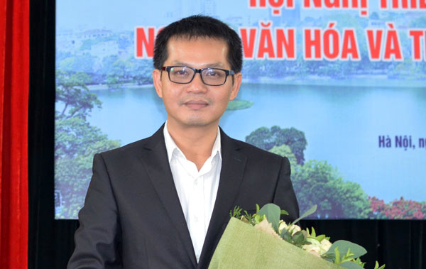 NSND Trung Hiếu, NSND Hoàng Dũng, Nhà hát Kịch Hà Nội