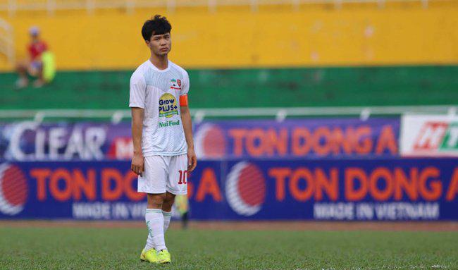 Những sự kiện đáng quên của bóng đá Việt Nam năm 2016