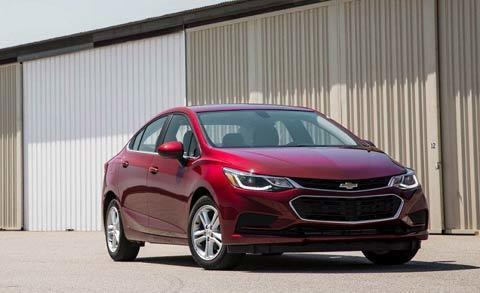 Những mẫu xe bán chạy nhất 2016 đang giảm giá mạnh