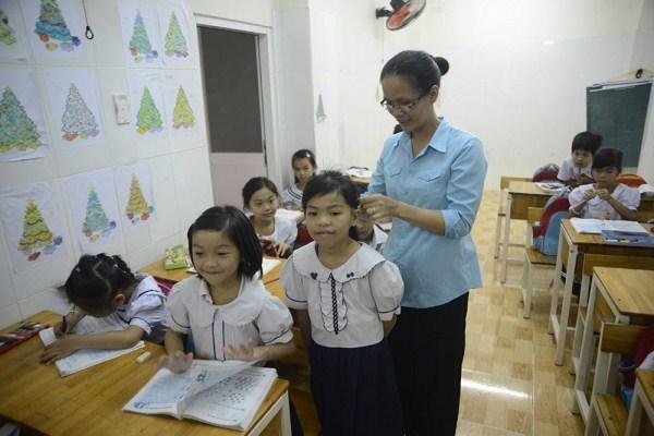 Lớp học giữa Sài Gòn của các cô cậu bé không biết mùi học thêm - ảnh 8