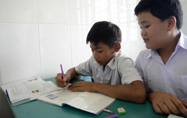 Lớp học giữa Sài Gòn của các cô cậu bé không biết mùi học thêm - ảnh 9