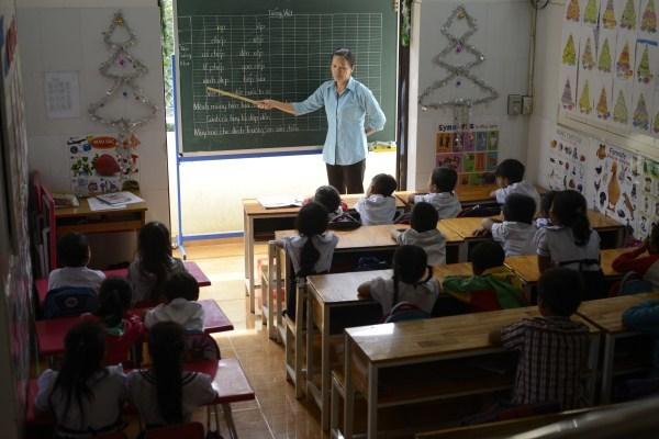 Lớp học giữa Sài Gòn của các cô cậu bé không biết mùi học thêm - ảnh 3