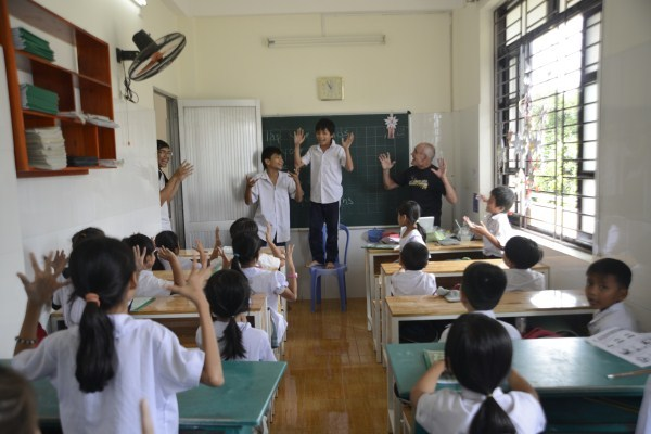 Lớp học giữa Sài Gòn của các cô cậu bé không biết mùi học thêm - ảnh 6