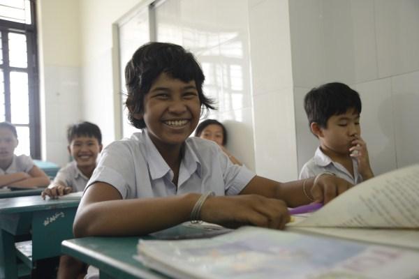 Lớp học giữa Sài Gòn của các cô cậu bé không biết mùi học thêm - ảnh 11