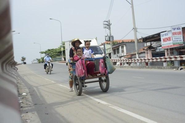 Lớp học giữa Sài Gòn không biết 'mùi học thêm'