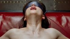 Không có chuyện phim 18+ ra rạp Việt sẽ không bị cắt