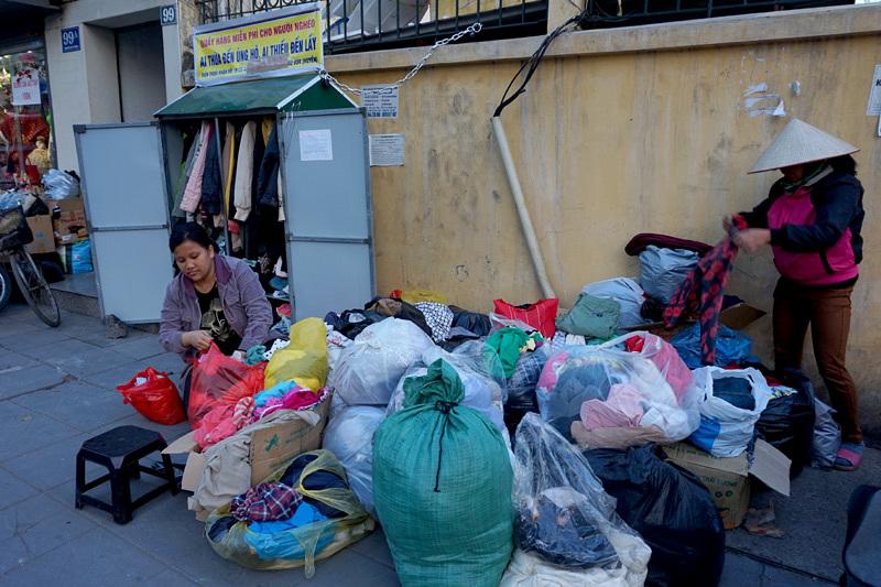 Quần áo tự chọn 0 đồng ấm mùa đông Hà Nội