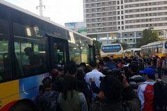 Trở lại Hà Nội sau nghỉ lễ, khách về bến xe nào?