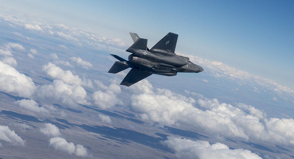 F-35 của Mỹ đối đầu với lá chắn tên lửa Nga như thế nào?