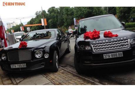 'Soi' Bentley và Range Rover tiền tỷ rước dâu ở Nghệ An