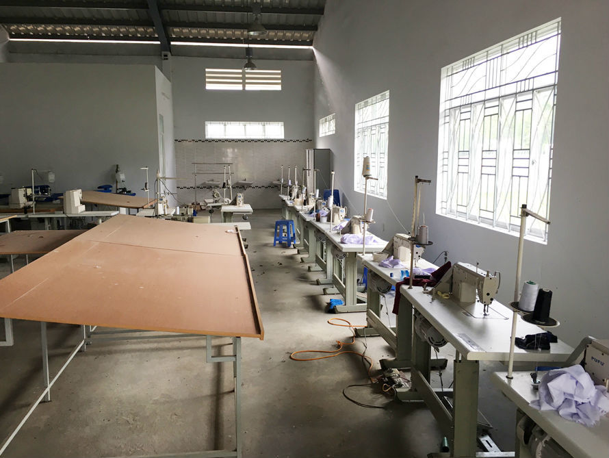 Nhện giăng, bụi phủ ở trường nghề to nhất nhì Quảng Ngãi