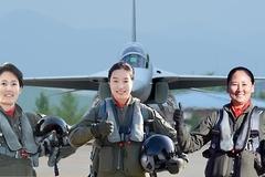 Hàn Quốc bổ nhiệm 3 nữ phi công làm phó tư lệnh