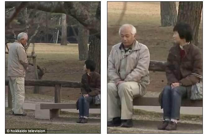 Con bật khóc khi bố nói chuyện với mẹ sau 20 năm im lặng