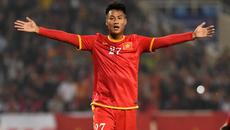 Bỏ Kỳ Hân cô đơn, Mạc Hồng Quân sang K-League chơi bóng?