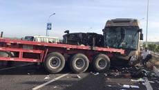 Tai nạn trên cao tốc, 1 người chết, nhiều người bị thương