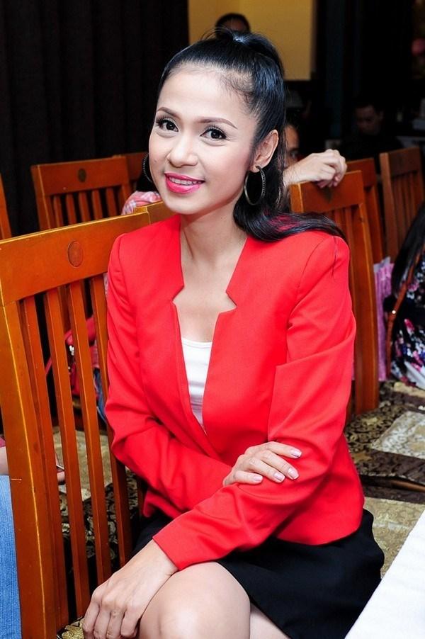 diễn viên Việt Trinh,  Người đẹp Tây Đô, việt trinh