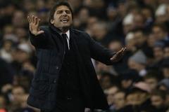 Chelsea bại trận, Conte cúi đầu trước Wenger