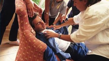 Người đàn ông thoát ngồi xe lăn nhờ phương pháp này
